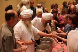 Sikhs serving food.preview