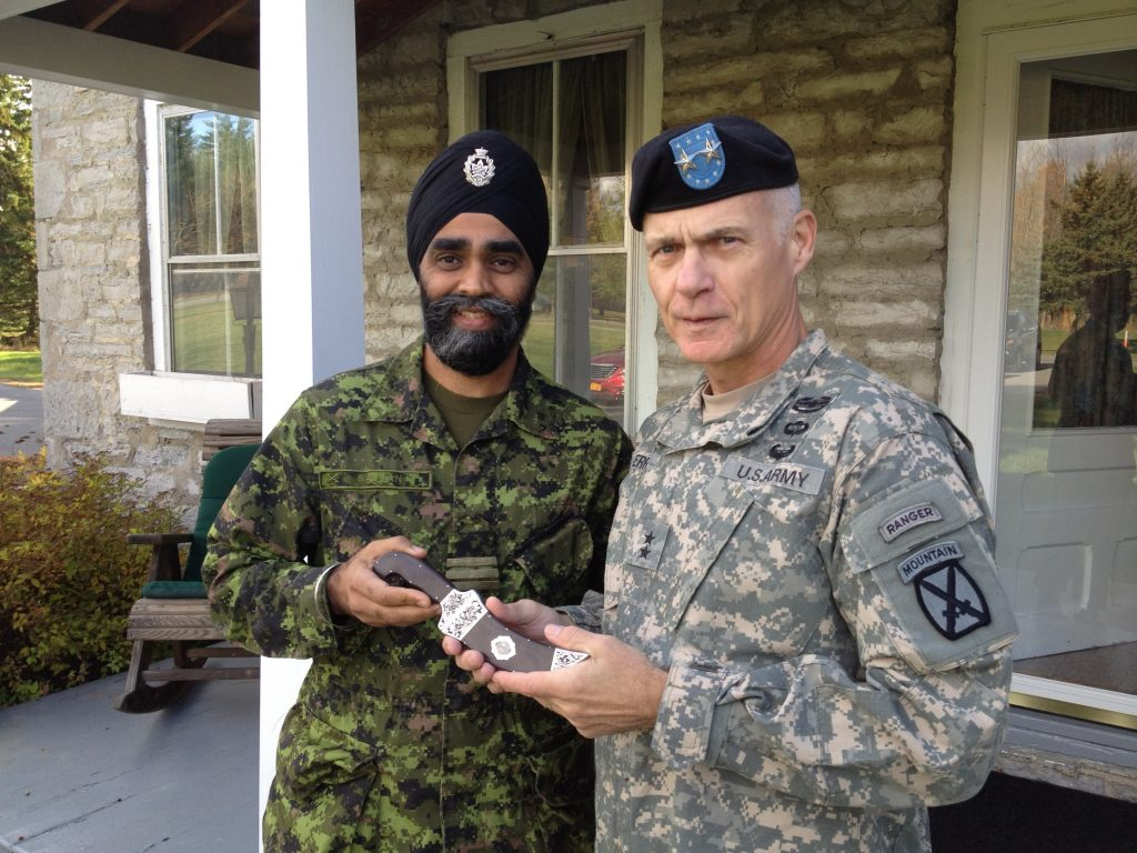 Kirpan presented to a Major General in the US Armed Forces