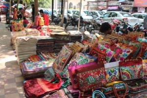 janpath market 1